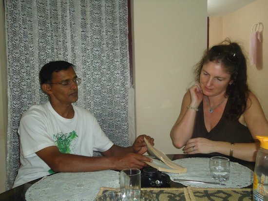Yogalife Homestay:                   Planning our day!
