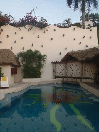 Hotel Playa Fiesta:                   Facade
