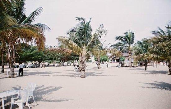 Karera Beach Hotel:                                                       beach