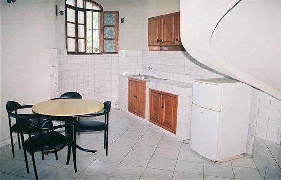 Karera Beach Hotel:                                                       kitchennette