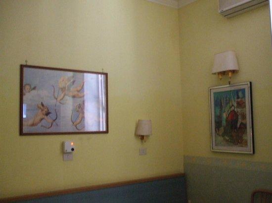 Hotel Castelfidardo : Parete della camera