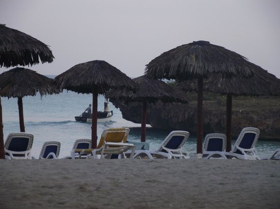Naviti Varadero:                   One of the rock faces that provide Allegro with seclusion from the rest of the