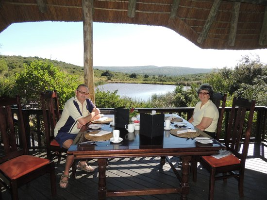 Kichaka Luxury Game Lodge:                   The dining area overlooking the watering hole