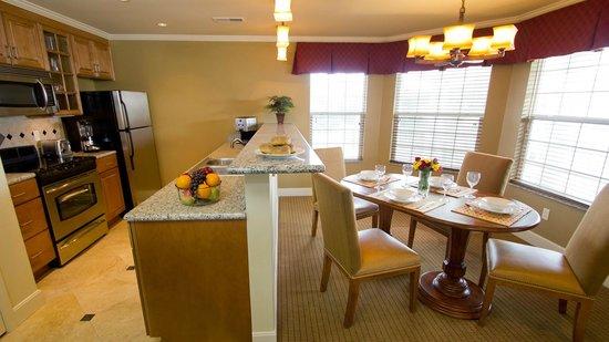 Suites At Fall Creek Updated 2018 Resort Reviews Price Comparison Branson Mo Tripadvisor