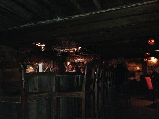 Planters Tavern: Cozy and romantic - Great Sazerac At The Planters Tavern - Picture Of Planters Tavern