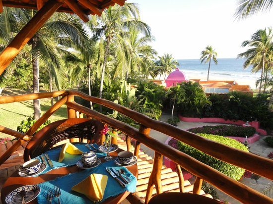 Las Alamandas:                                     Balcony San Isidro 2