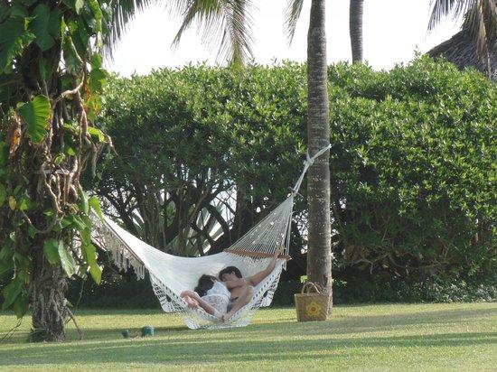 Las Alamandas:                                     Romantic hammock