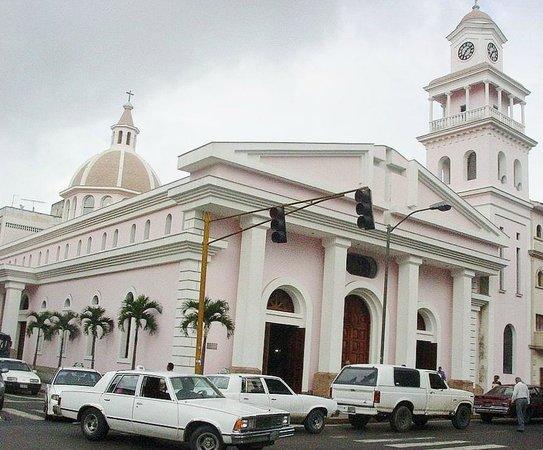 Catedral San Felipe Neri