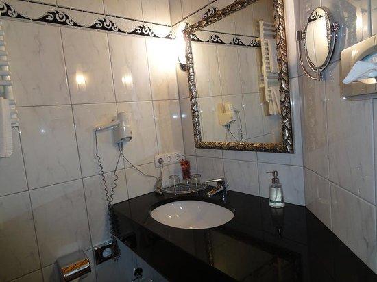 Hotel am Congress-Centrum - Bathroom