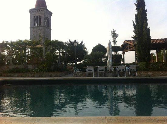 Castello delle Serre:                   The pool
