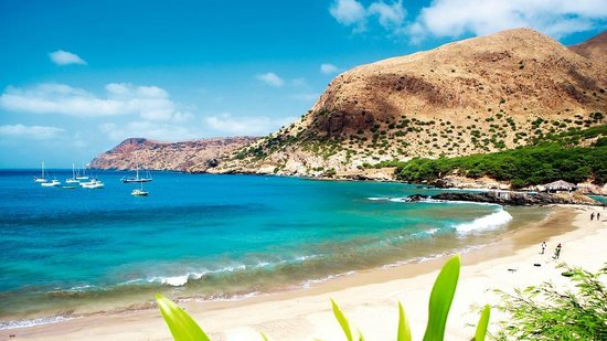 Ilha do Sal, Cape Verde:                   beach