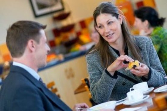 Ventura Inn & Suites Hamilton: Complimentary Continental Breakfast