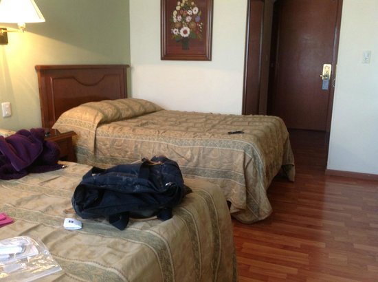 Hotel Gilfer: Mattresses and pillows are firm, just my style.