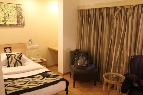 Lemon Tree Hotel, Udyog Vihar, Gurgaon:                   one of the small rooms