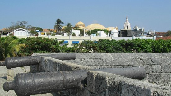 Muraille :                   Wall and View of Old Town