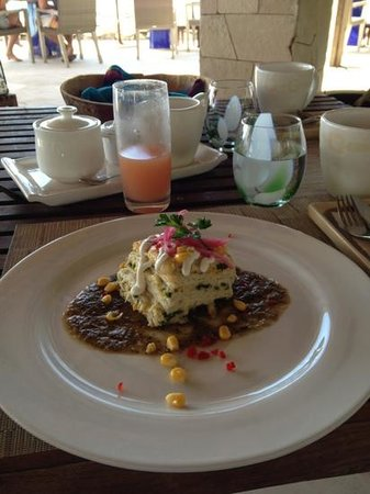 Viceroy Riviera Maya:                                     breakfast