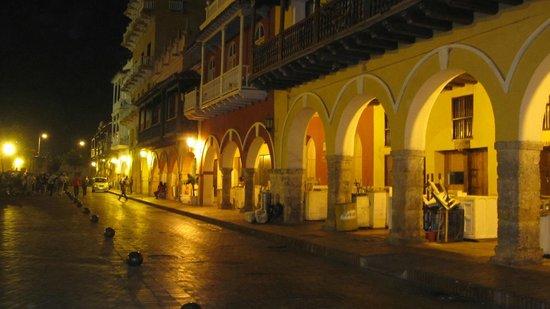 Muraille :                   Night Scene, Old Town