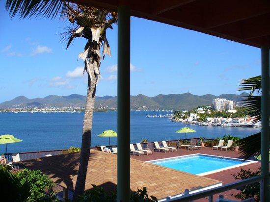 سوميت ريزورت هوتل:                   View from balcony                 