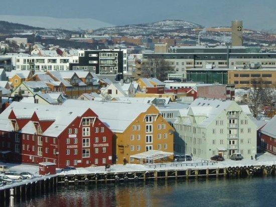 Radisson Blu Hotel, Tromso:                   view from glass bridge