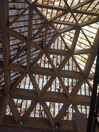 Melia Cabo Real All-Inclusive Beach & Golf Resort :                                     Pretty lobby ceiling