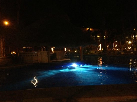 Melia Cabo Real All-Inclusive Beach & Golf Resort:                                     Pool view at night