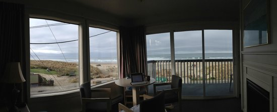 Sunset Surf Motel:                   View from the room