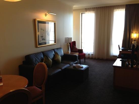 Duxton Hotel:                                     Suite