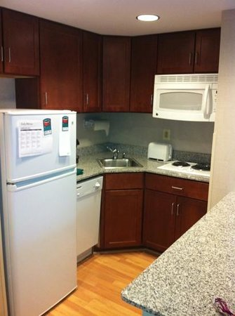 Homewood Suites by Hilton Baltimore:                   King Suite kitchen