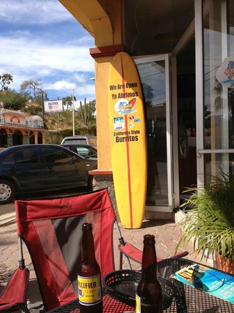 Burrito Surf-Burrito Shop 1895 : Entry/Outdoor Seating