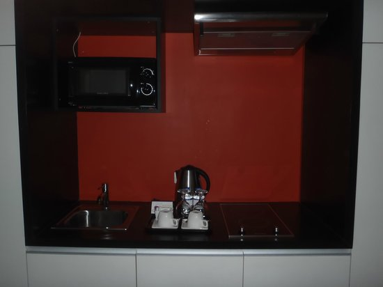 The Picasso Boutique Serviced Residences:                   kitchen in room