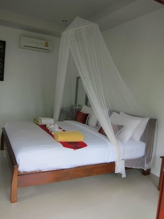 Pinky Bungalows:                                     Comfortable bed