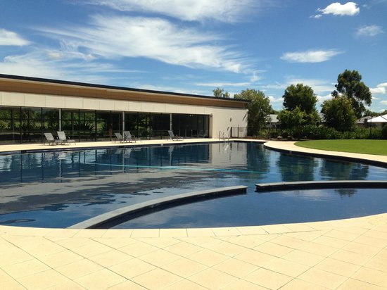 Mercure Kooindah Waters Central Coast:                   Outdoor resort pool