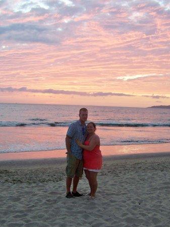 Hotel Riu Vallarta:                   The sun setting. Gorgeous!!!