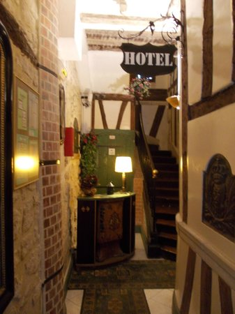 Hotel Stella:                                     Reception