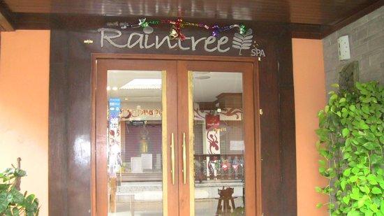 Raintree Spa:                                     entrance