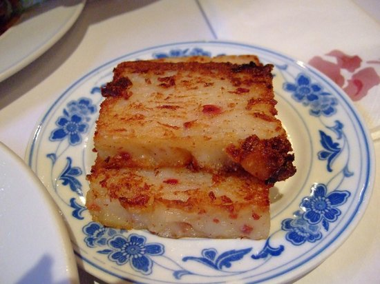 Tsing Tao: fried radish cake