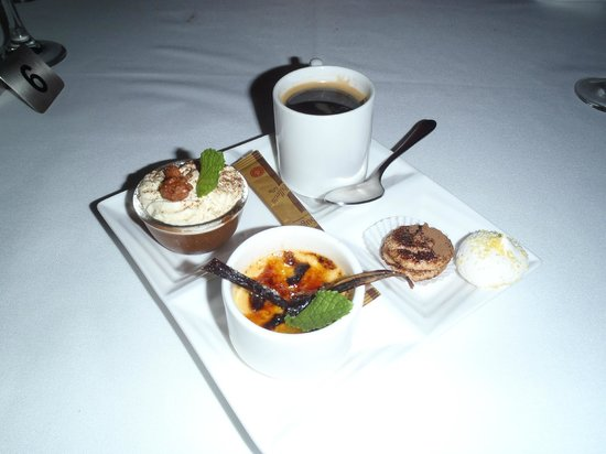Dessert tasting platter picture of restaurant le jardin for Cafe jardin menu
