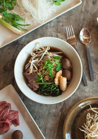 Lao Sam Noodle House