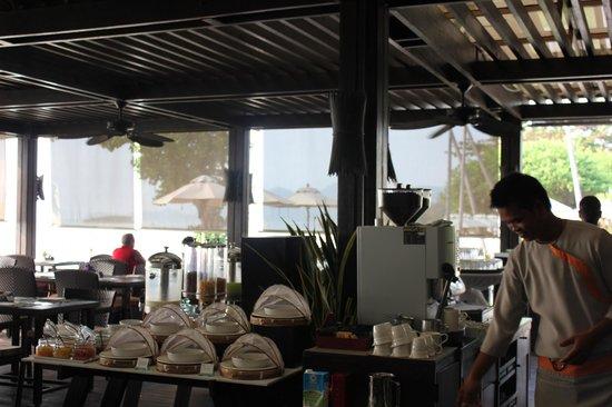 Sareeraya Villas & Suites:                   Dinning room