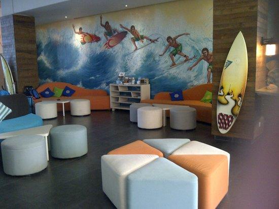 Bliss Surfer Hotel:                   lobby