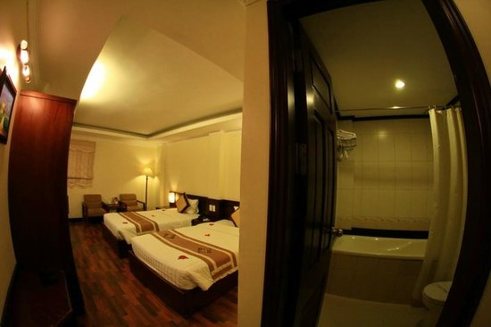 Hanoi Guest House:                   Tidy and clean
