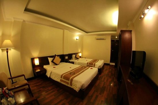 Hanoi Guest House:                   Very comfort and nice
