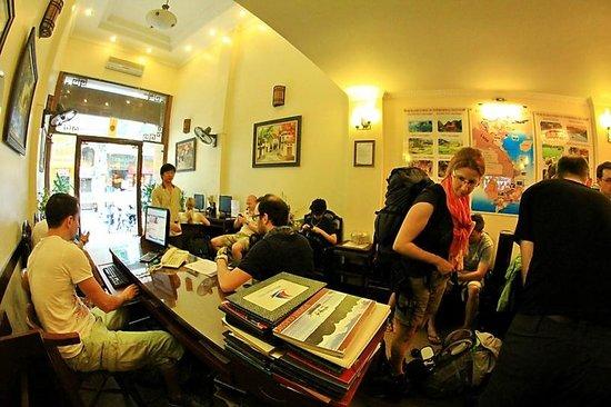 Hanoi Guest House:                   lobby
