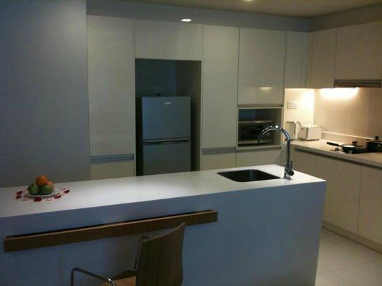 PARKROYAL Serviced Suites Kuala Lumpur:                   The kitchen area