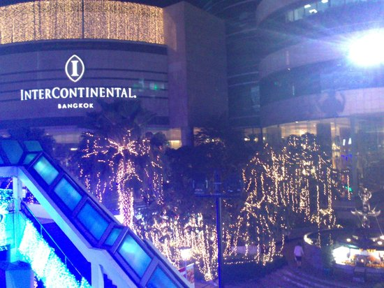 InterContinental Bangkok:                   Intercon at night