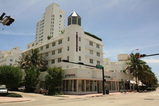 Townhouse Hotel:                   Vue de Collins Avenue
