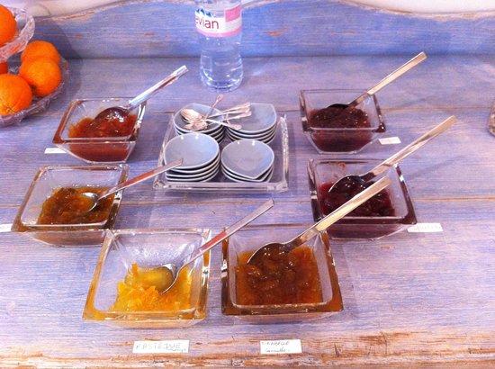 Domaine de la Ramade :                   délicieuses confitures maison