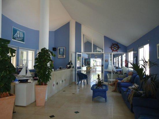 Club Ciudadela:                   recepcion
