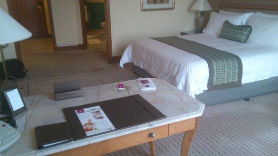Sheraton Grande Sukhumvit, A Luxury Collection Hotel:                   Grande Suite xx02 bedroom