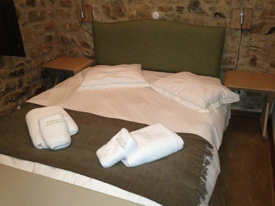 Guesthouse Theonimfi:                   letto